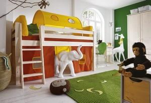 """Das Mini-Hochbett """"Kiddy"""" (Variante 02) mit schräger Treppe - ideal geeignet für einfaches """"ins Bettchen klettern"""". Die<br />sorgfältige Handwerksarbeit und ein kindgerechtes Design geben den Eltern Sicherheit in ihrer Entscheidung. (#2)"""