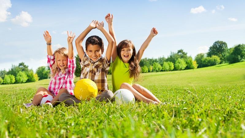 Oft wird davon ausgegangen, dass es bei dieser Erziehungsform keine Regeln gibt. ( Foto: Shutterstock- Sergey Novikov )