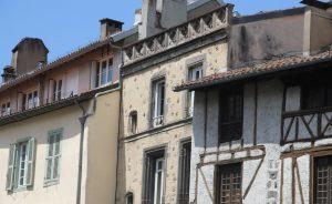 Das Städtchen Aurillac ist bekannt für seine pittoreske Altstadt, insbesondere für seine Kirche Saint-Géraud. (#5)