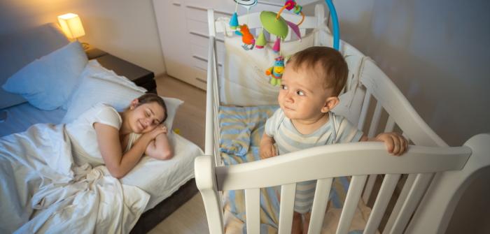 Baby schreit abends: 3 Ideen, die helfen