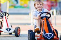 Straßenteilnehmer Kind : Was Sie bei Kettcars und Co. beachten müssen