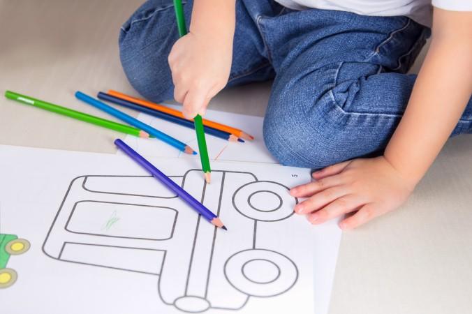 Hat das Kind weniger Spaß daran, ein eigenes Bilder zu zeichnen, dann kann man schnell und einfach eine tolle Malvorlage - individuell ausgesucht nach den Wünschen des Kindes - am eigenen Drucker ausdrucken. (#6)