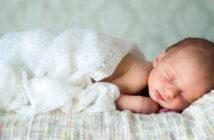 Schlafrhythmus: Dem Baby richtigen Schlaf beibringen!?