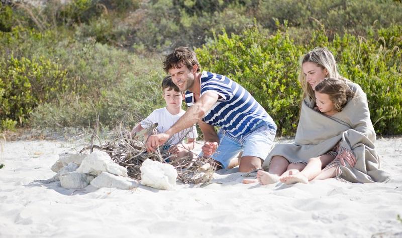 Südafrika mit Kindern ist nicht ohne einige Vorbereitungen möglich aber der Aufwand lohnt sich. ( Foto: Shutterstock-  Altrendo Images )