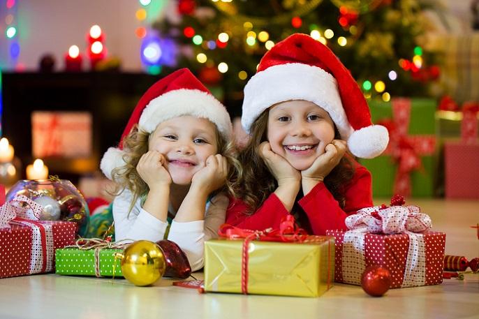 Generell ist die Weihnachtszeit eher heimelig und behaglich. Ein gemütliches Beisammensein nach dem Kochen mit Gesellschaftsspielen oder einem kuscheligen Filmabend ist eine wundervolle Option, um mit der ganzen Familie Zeit zu verbringen. (#04)