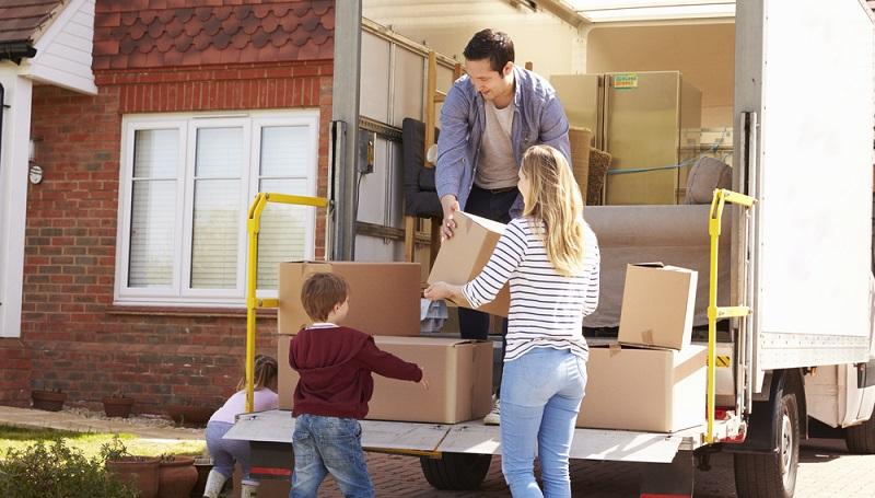 In den seltensten Fällen kaufen die Bewohner ihre komplette Ausstattung neu, wenn sie in ein neues Haus oder in eine neue Wohnung einziehen.