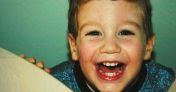 Kinderreime: Reime sind Gehirnnahrung und Spaß für Kinder